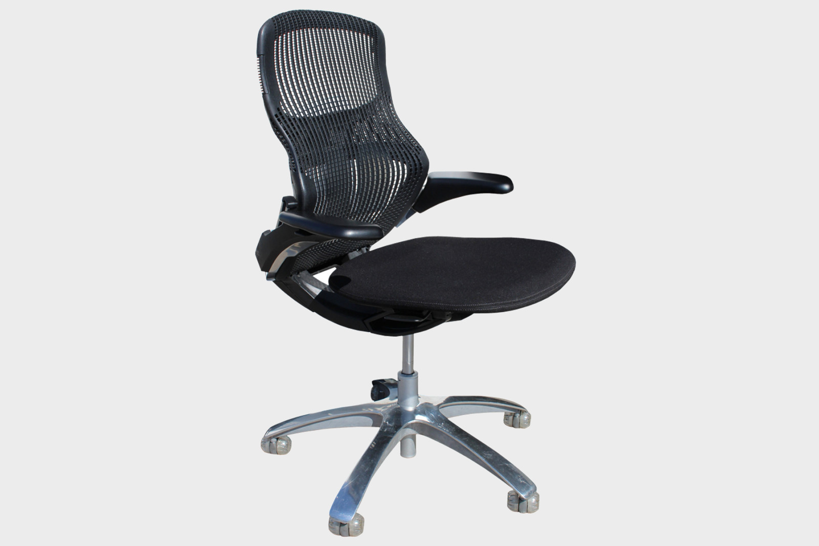 Re-purposed Formway Generation Office Chairs by Knoll - Egans | A ...