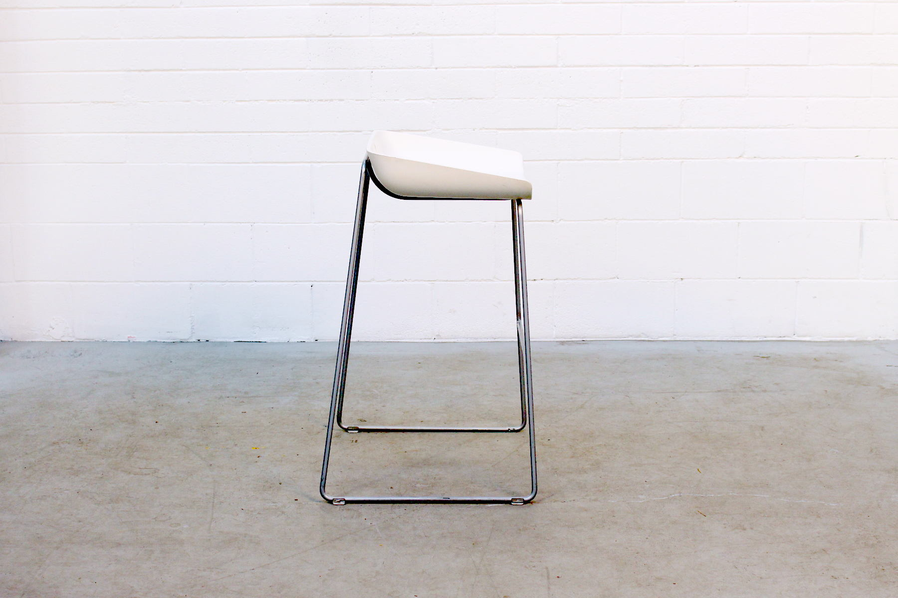 Dc36 1 Scoop Bar Stool By Turnstone Egans A Shift In