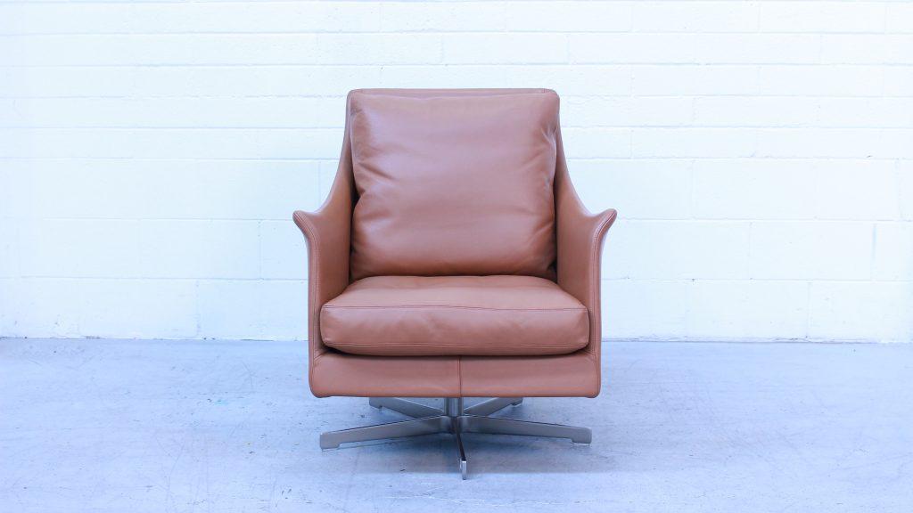 Boss Armchair Flexform1