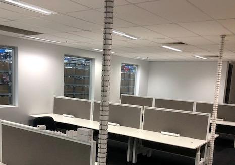 Straight Zenith workstations in grey