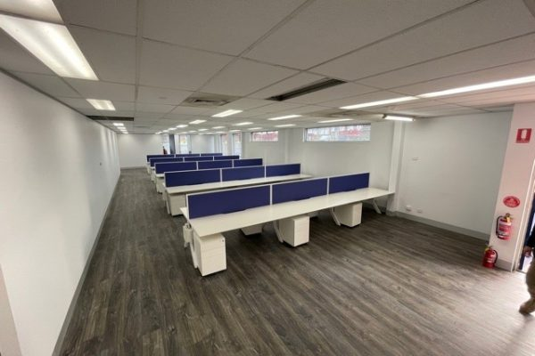 Symour Whyte office workstation fitout